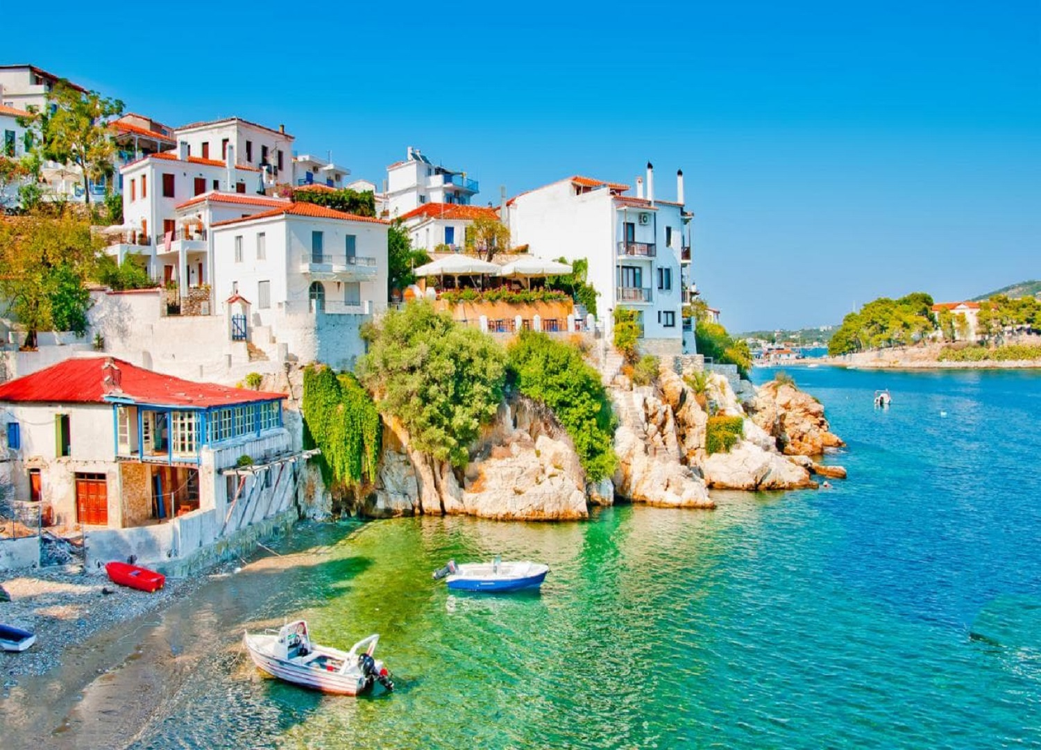 view-of-old-town-skiathos-xlarge