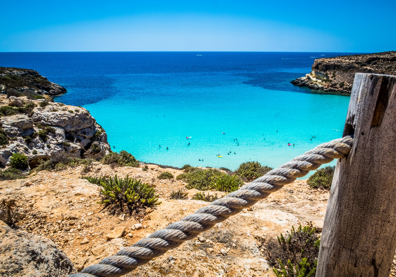 spiaggia Lampedusa spiaggia dei conigli