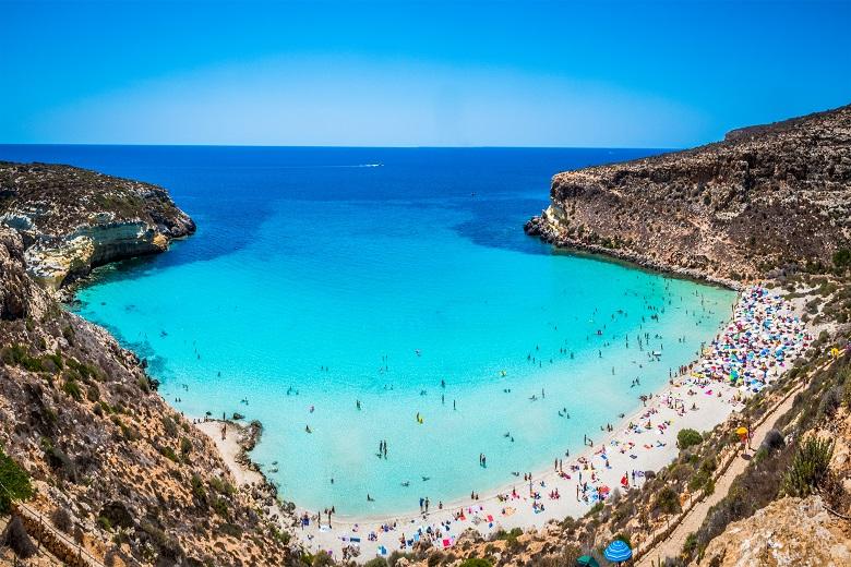 Beautiful Soggiorno Lampedusa Images - Design Trends 2017 ...
